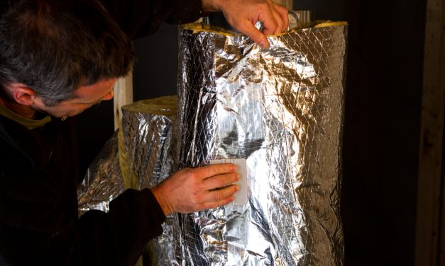 What are the benefits of reflective insulation for HVAC ductwork?
